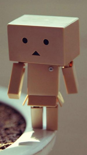 Danbo iPhone 8 wallpaper
