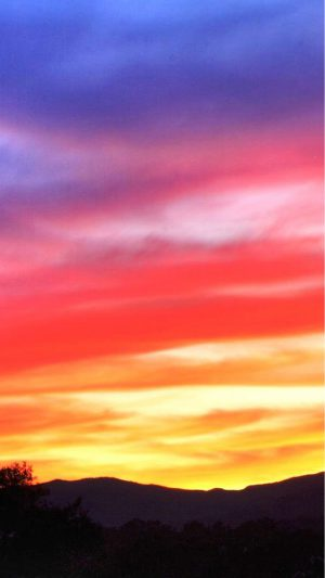 Stunning_Sunsets_Full_HDTV_Wallpapers_laba.ws iPhone 8 wallpaper