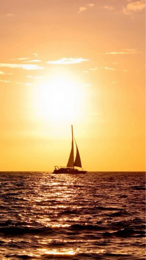Sea Boat Sunset iPhone 8 wallpaper
