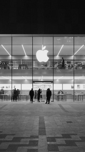 Apple Store Front Bw Dark Architecture City iPhone 8 wallpaper