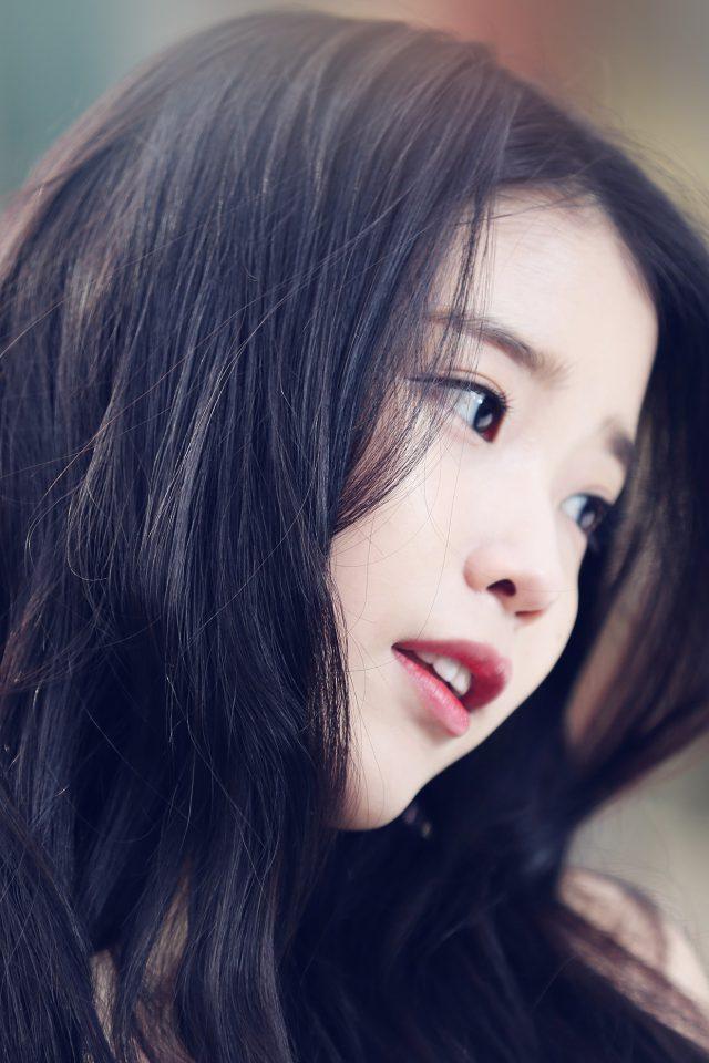 Iu Kpop Beauty Girl Singer iPhone 8 wallpaper