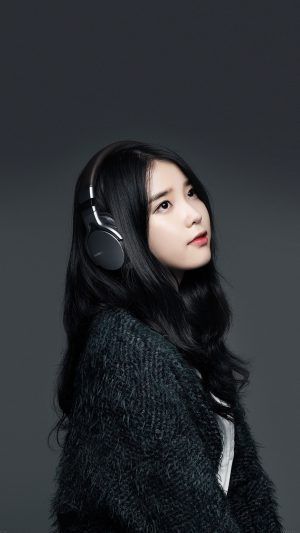 Iu Kpop Star Music Sony iPhone 8 wallpaper