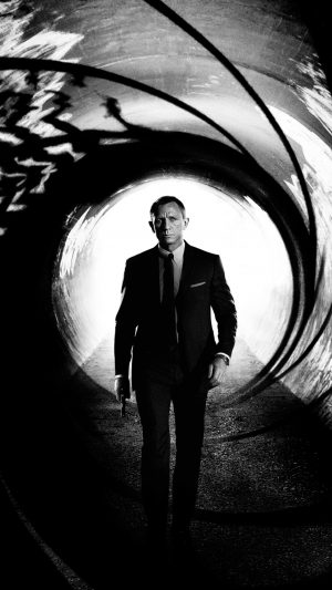 James Bond 007 Skyfall Film Poster iPhone 8 wallpaper
