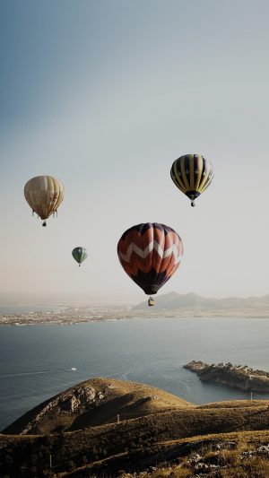 Hot Air Balloon Sky Seaside Nature iPhone 8 wallpaper