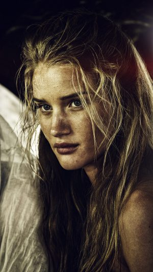 Madmax Rosie Huntington Whiteley Film Girl iPhone 8 wallpaper