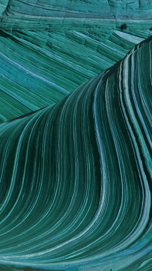 Swirling Patterns Wave Green Mountain Nature iPhone 8 wallpaper