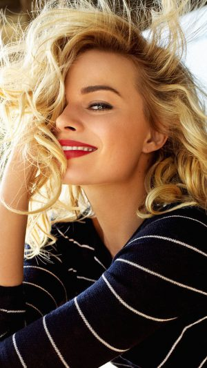 Margot Robbie Smile Celebrity Photo iPhone 8 wallpaper