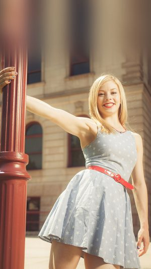Wallpaper Gracie Gold Street Sports Girl Face iPhone 8 wallpaper